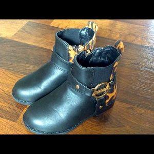 Tahari girls 6 black boots leopard cheetah print